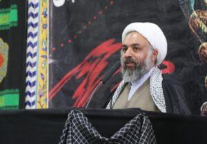 مذاکره واقعی را سردار شهید سلیمانی انجام داد/عده ای امروز شعار دوگانگی سازش و سلامت را سر می دهند