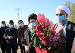 استقبال مردم دارالشجاعه بافق از حجت الاسلام سعادت فر امام جمعه جدید شهرستان