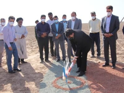 کلنگ زنی دومین پهنه پرورش شتر داشتی استان در بافق / بافق دومین شهرستان دارای پتانسیل در پرورش شتر در استان یزد+تصاویر