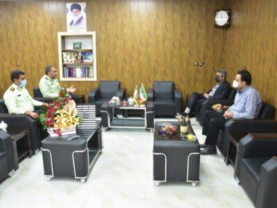دیدار مدیر مجتمع معادن سنگ آهن فلات مرکزی با فرماندهی نیروی انتظامی بافق